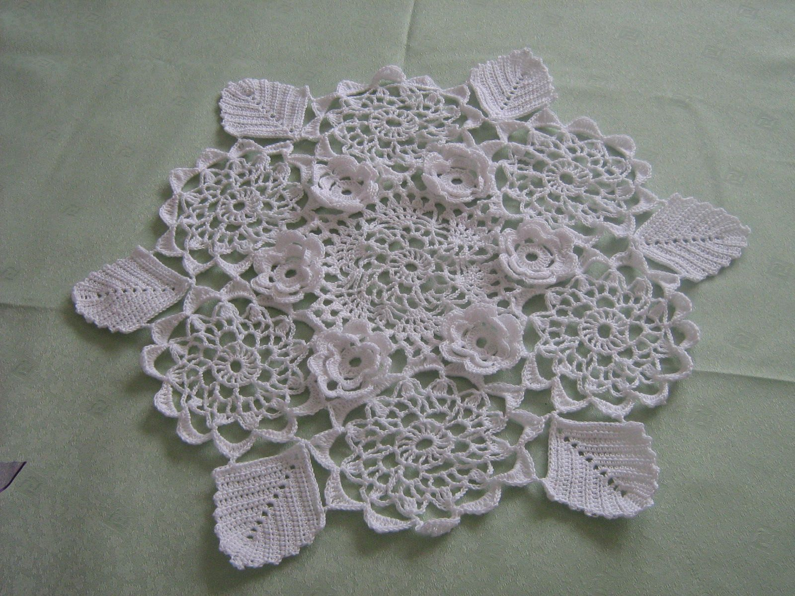 Exceptionnel crochet napperon RO26